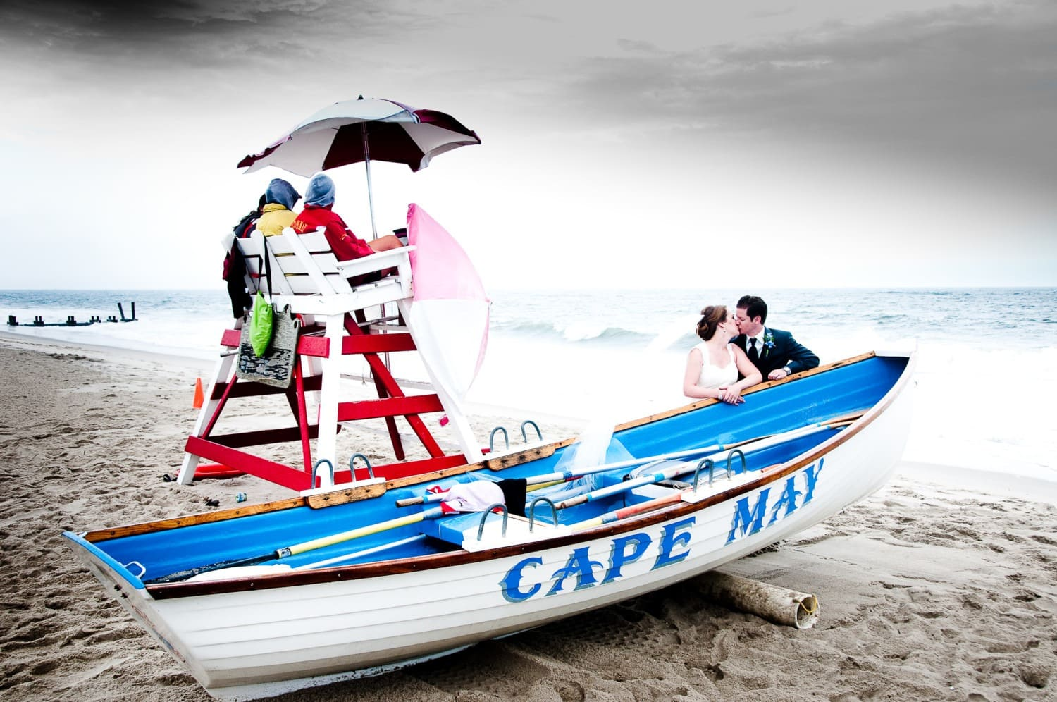 wedding photography with boat prop