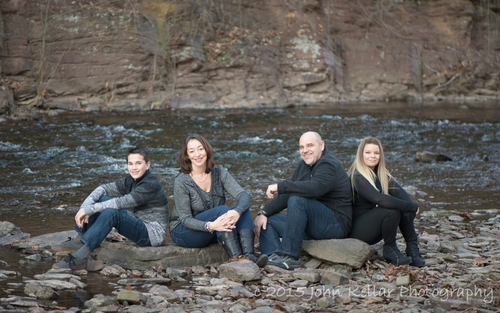outdoor scenery medium group family portrait