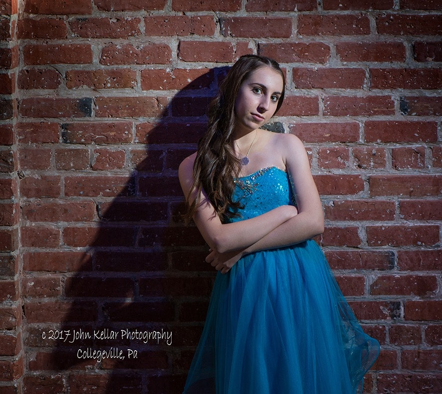 girl posing for bat mitzvah